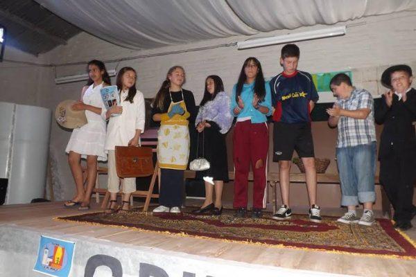 Equipamiento grupo de teatro Identidad Paceña 08